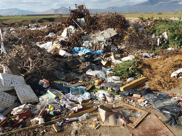 αμπελώνας-σκουπίδια