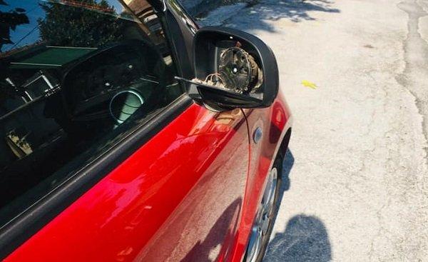 """""""Μπουλούκια"""" νεαρών έχουν τρομοκρατήσει ολόκληρη συνοικία στη Λάρισα - Σπάνε αυτοκίνητα και πετάνε πέτρες"""